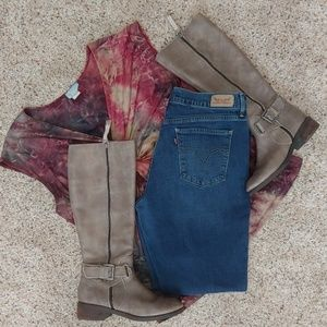 Levis 515 Boot cut jeans Size 10 👖